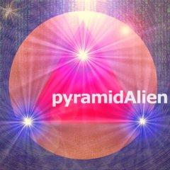 newtarantinoCAMERAstyle_pyramidAlienNo1